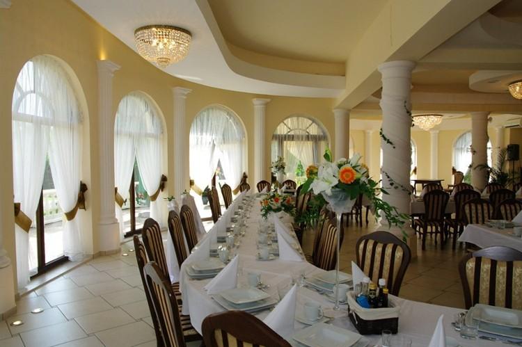 Restauracja I Hotel Koronarybnikimprezykonferencje Noclegi